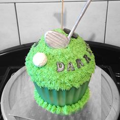 Golf giant cupcake by www.candyscupcakes.co.uk Golf Themed Cakes, Themed Cupcakes, Giant Cupcake Cakes, Cupcake Ideas, Celebration Cakes, Cake Smash, Cake Cookies, Baby Love, Retirement