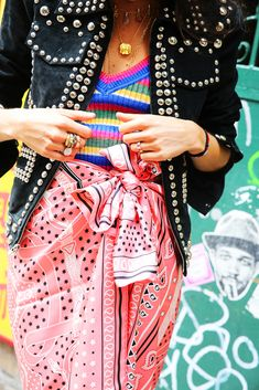 If you're wondering how to wear a sarong as clothing in the city, we have all the answers!