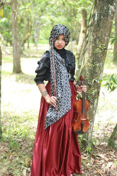 a violin girl