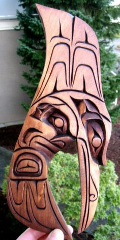 Authentic-Northwest-Coast-native-carving-Hummingbird-First-Nations-Bird-of-love