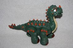 Price Imaginext Spike Jaws Puppet and Spike Jr Walking Dinosaur