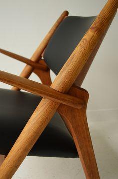 Hans J Wegner CH28 sawhorse chair