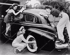 photo Andrew Sisters washing car 2347-32