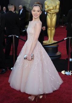 Best ever Oscar dresses: Hailee Steinfeld