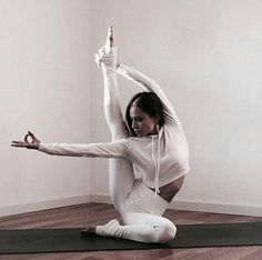 You may even search for fitness programs online. Get more Yoga exercises ideas right here. Fitness Workouts, Yoga Fitness, Easy Workouts, Fitness Diet, Yoga For Men, My Yoga, Asana, Yoga Inspiration, Fitness Inspiration