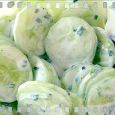 Cucumber salad rnrnSource by I Love Food, Good Food, Yummy Food, Salade Caprese, Dutch Recipes, Good Healthy Recipes, No Cook Meals, Vegetable Recipes, Food Inspiration