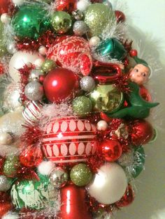 Red Green White Mid Century Mod Christmas Wreath With by MakeMoxie