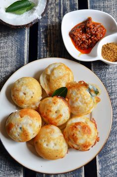 Spicy masala paniyaram recipe: Quick,easy and tasty breakfast with idly batter,recipe @ http://cookclickndevour.com/20…/…/kuzhi-paniyaram-spicy.html