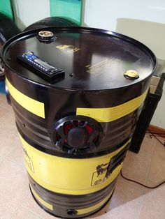 RADIO stereo DRUM mounted on an oil drum from 200 l