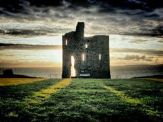 """See 10 photos and 1 tip from 27 visitors to Ballybunion Castle Monument. """"Ballybunion Castle was built by the Geraldines in the Century. Ireland Hotels, Castles In Ireland, Ireland Beach, Ireland Travel, Ireland People, Ireland Culture, Backpacking Ireland, Ireland Weather, Images Of Ireland"""