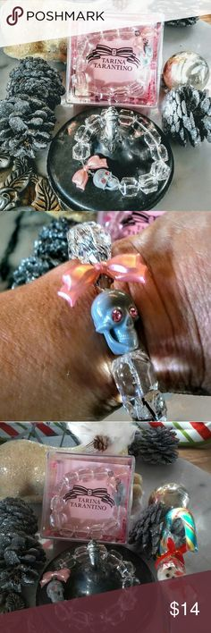 Holiday Tarina Tarantino Holiday Sparkle Skull NEW Holiday Tarina Tarantino Lucite Gift Bracelet NEW Ready for Christmas Stockings or Gift Exhange! Quality Brand Quality Fahion Product Boxed and Reday Gift to Go! Listing is for One New Tarina Tarantino Beautiful Lucite Stretch Bead Bracelet Tarina Tarantino Jewelry Bracelets
