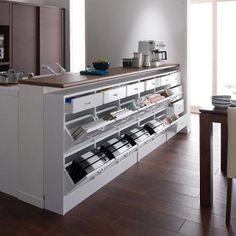 すぐにちらばるプリント類やキッチン小物を見やすく整頓!