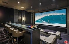This unique luxury home theater is undeniably an interesting style principle. This unique luxury home theater is undeniably an interesting style principle. Home Theater Room Design, Movie Theater Rooms, Home Cinema Room, Best Home Theater, Home Theater Seating, Home Interior Design, Home Theatre, Theater Seats, Theatre Design