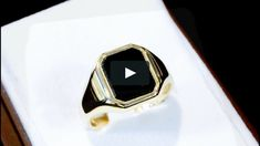 A fine and impressive vintage bloodstone and 9 carat yellow gold signet ring. #signetring #vintagejewelry #bloodstonering #goldsignetring