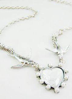 Collar cadenas ave corazón plateado EUR€6.65