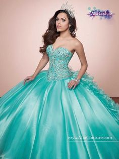 Discover the best and unique wedding Dresses from Mary's bridal collection. Choose your dream bridal wedding dresses from the wide variety of styles, fabrics, necklines, silhouettes and many more. Quince Dresses, 15 Dresses, Pretty Dresses, Beautiful Dresses, Formal Dresses, Burgundy Quinceanera Dresses, Pnina Tornai Dresses, Bridal Wedding Dresses, Mary's Bridal