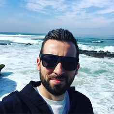 Sometimes I like to obstruct nice views with my noggin 🤓 • • #latergram #selfie #idiot #beard #beach #lajolla #ocean #westcoast #sd #socal #sandiego #waves #bearded #mugshot #instalike #instagood #view #atthebeach #beardedmen #menshair #whatever #exploring #lajollalocals #sandiegoconnection #sdlocals - posted by Bryne  https://www.instagram.com/bryne.robinson. See more post on La Jolla at http://LaJollaLocals.com