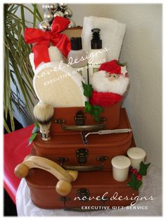 Smooth Shave Holiday Gift Basket for Him.  Created by Novel Designs Executive Gift Service of Las Vegas. noveldesignsllc.com