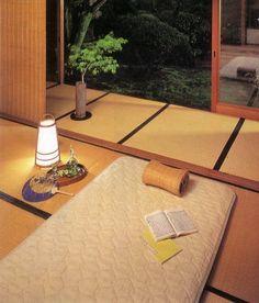Japanese room - I want nap here ...
