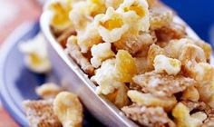 Sweet and Nutty: A lightly spiced sugar syrup binds this snack mix. This appetizer or snack mix is lighter tasting and easier to make than caramel corn. Popcorn Snacks, Popcorn Recipes, Snack Recipes, Popcorn Balls, Seasoned Crackers, Caramel Corn, How Sweet Eats, Food Gifts, Holiday Recipes