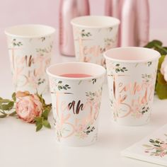 These gorgeous floral rose gold Team Bride party cups are perfect for a bachelorette party or bridal shower! They will add glitz and glam to the party! Bachelorette Party Supplies, Bachelorette Party Decorations, Flash Tattoos, Team Bride, Team Groom, Accessoires Photobooth, Girly, Rose Gold Foil, Metallic Gold