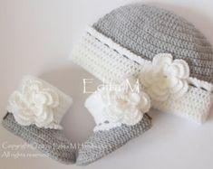 Conjunto de bebé ganchillo zapatos de bebé niña y sombrero Bébés Jumeaux,  Bébé Filles Jumelles aee3746535e