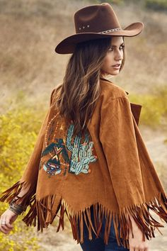 Western Style Open Front Suede Like Fabric w/ Fringe Detail and Cactus Embroidered Back. Trending Fit and Stretchy Fabrication Cute Cowgirl Outfits, Cute Country Outfits, Cowgirl Style, Boho Outfits, Winter Outfits, Cute Outfits, Western Style, Fringe Fashion, Boho Fashion