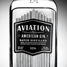 Aviation Gin Label Detail