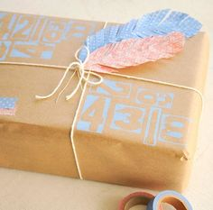 Washi Tape Crafts - DIY Washi Tape Feathers Tutorial - How to Make Washi Tape Feathers - Simple, Easy DIY Ideas To Make With Washi Tape - Organizers, Cute Gifts, Cheap Wall Art, Fun and Quick Things To Make For Friends - Cute Ideas for Teens, Adults, Kids and Tweens to Make at Home #teencrafts #diyideas #washitapecrafts Washi Tape Planner, Washi Tape Cards, Washi Tape Diy, Diy Washi Tape Feathers, Tape Crafts, Diy Crafts, Diy Gifts Cheap, Mermaid Diy, Business For Kids
