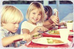 Sabe o que o seu filho come na escola?