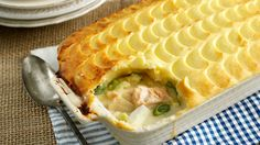 Marco's Classic Fish Pie - Marco Pierre White recipe video for Knorr Pie Recipes, Great Recipes, Cooking Recipes, Favorite Recipes, Cooking Videos, Marco Pierre White, Shellfish Recipes, Seafood Recipes, Seafood Meals