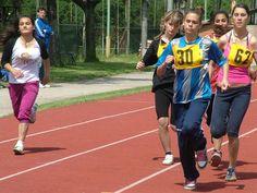 Príďte si pozrieť 26. ročník športových hier detí z detských domov - Športové majstrovstvá s Nestlé 2016  V Bratislave v areáli atletického štadióna Mladá Garda, Račianska 103, sa v piatok 3. 6. 2016 uskutoční na celoslovenskej úrovni 26. ročník športových hier detí z detských domov -Športové majstrovstvá s Nestlé 2016. Súťažiť sa bude v  atletických disciplínach, futbale, volejbale a stolnom tenise. Slávnostné nástupy sú plánované na 9.45 hod. a vyhodnotenia pretekov v čase 17.00 - 18.00…