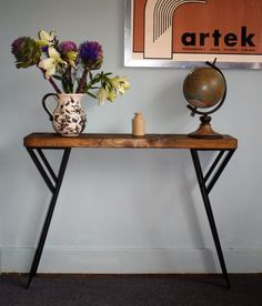Industrial Console Table Mid Century Modern Here we have a Stunning handmade console table It Industrial Console Tables, Rustic Industrial, Rustic Wood, Mid Century Console, Mid Century Modern Desk, Metal Desk Legs, Oak Wood Stain, Mid-century Modern, Entryway Tables