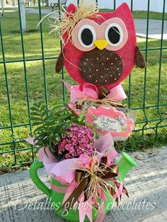 Yhh Wood Crafts, Diy And Crafts, Bday Girl, Candy Bouquet, Ideas Para Fiestas, Mother And Father, Balloon Decorations, Gift Baskets, Centerpieces