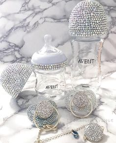 Glamorous Swarovski Crystal Avent Nursing Bottle - Our Exquisite Avent Swarovski Crystal Gift Set is a wonderful gift for a newborn. Create your own u - Baby Bling, Baby Shower Gifts, Baby Gifts, Baby Presents, Baby Necessities, Crystal Gifts, Baby Arrival, Baby Hacks, Baby Bottles