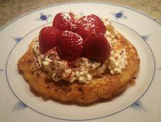 Dessertlapper med krem og jordbær
