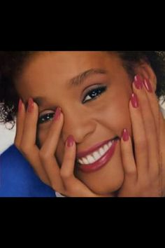 Look at this sweet smile whitneyhouston Whitney Queen thevoice thebest mylove MyAngel Warrior wonderful perfect Nippy iconic Imissyou IWillAlwaysLoveYou Beverly Hills, Whitney Houston, New Jersey, Beautiful Voice, Hello Beautiful, Brown Eyed Girls, Female Singers, Celebs, Celebrities