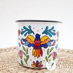 """43 Me gusta, 0 comentarios - Sol DecoHogar (@soldecohogar) en Instagram: """"Enlozado pintado al estilo del Bordado Tenango 🖌 Ya que no bordo...lo pinto! 😊 🎁Regalito para…"""" Planter Pots, Instagram, Sun, Needlepoint, Style, Plant Pots"""