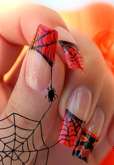 I have 15 Halloween Nail Ideas for you. If you have some time and also want to have some unique nails for Halloween take a look at these ideas Crazy Nails, Fancy Nails, Love Nails, Red Nails, Hair And Nails, Pretty Nails, Gorgeous Nails, Minx Nails, Gradient Nails