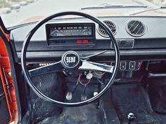 1974Seat 133 / car interiors