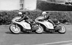Tandem Honda 6 cyl x 2 - Mike & Jim Motorcycle Racers, Racing Motorcycles, Vintage Motorcycles, Tandem, Vintage Racing, Vintage Cars, Vintage Stuff, Grand Prix, Course Moto