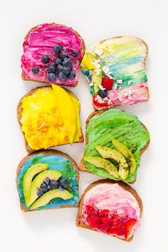 We're whipping up a toast pairing that's as pretty as it is delicious with this all natural unicorn toast recipe on the blog!