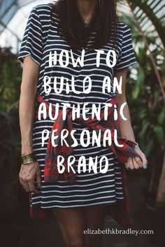 How to build an authentic personal brand as a girl boss/coach/creative creative entrepreneur, marking strategies, small business tips, how to start your side hustle, grow your business Personal Branding, Branding Your Business, Marca Personal, Business Marketing, Creative Business, Business Tips, Online Marketing, Online Business, Business Meme