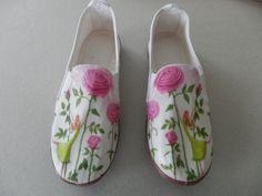 zapatillas decoradas con servilletas. Raquel Abalorios.