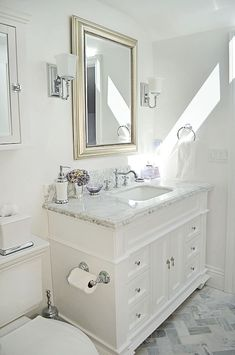Clever and simple apartment bathroom remodel ideas on a budget (9)