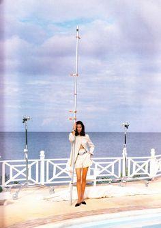 ☆ Yasmeen Ghauri   Photography by Walter Chin   For Elle Magazine UK   April 1991 ☆ #Yasmeen_Ghauri #Walter_Chin #Elle #1991