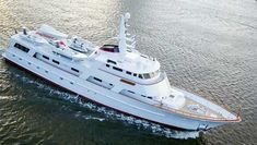 120 foot, Hargrave Mothership and expedition yacht for sale. See images, specifications and price for this explorer yacht for sale. Big Yachts, Super Yachts, Luxury Yachts, Explorer Yacht, Expedition Yachts, Classic Yachts, Cabin Cruiser, Yacht For Sale, Boat Stuff