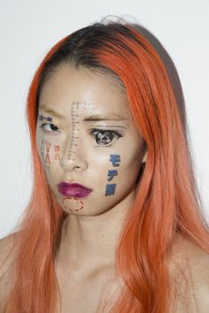 John Yuyi is a Taiwanese photographer based in New York. Her images extrapolate our digital experiences by printing them onto ephermeral surfaces like faces, flowers , ice cubes and fatty slabs of meat. Foto Portrait, Portrait Photography, Tattoo Symbole, Pretty Tattoos, Amazing Tattoos, Too Faced, Comme Des Garcons, Face Art, Makeup Art