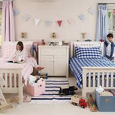 Twin Bedroom Decorating Ideas