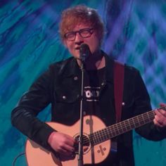 "Ed Sheeran Performs ""Perfect"" on The Ellen Show 2017"